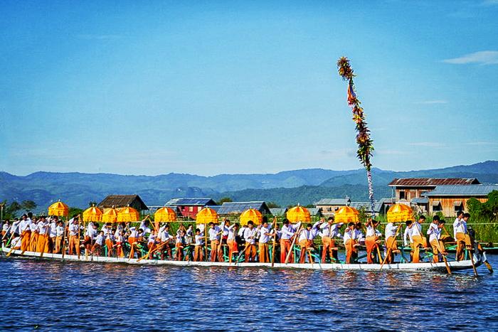 Inle Lake festival boats